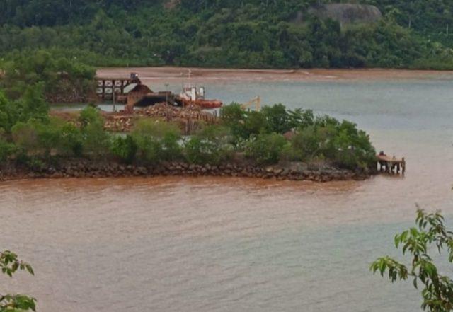 pencemaran laut di Moronopo